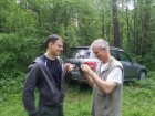 Дмитрий R3MAA и Дмитрий UA3AW за монтажом АФУ.