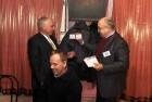 Вручение членского Удостоверения Владимиру В. Гордееву R2AID