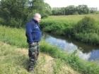 Алексей RA3AKF у реки =Венёвка=.