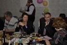 Ирина RV3AI/XYL, Виктор RV3AI и Людмила RA3AKM/XYL - дружеская беседа за праздничным столом..
